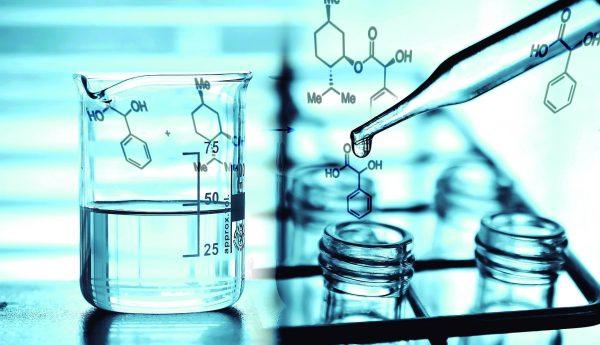 Productos Químicos 2 1 1 600x345 - Químics per a piscines a Girona