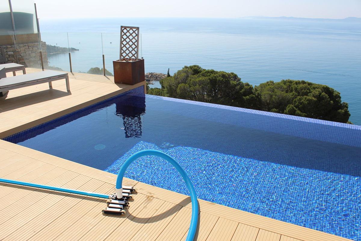 Mantenimiento y Servicio Técnico de piscinas